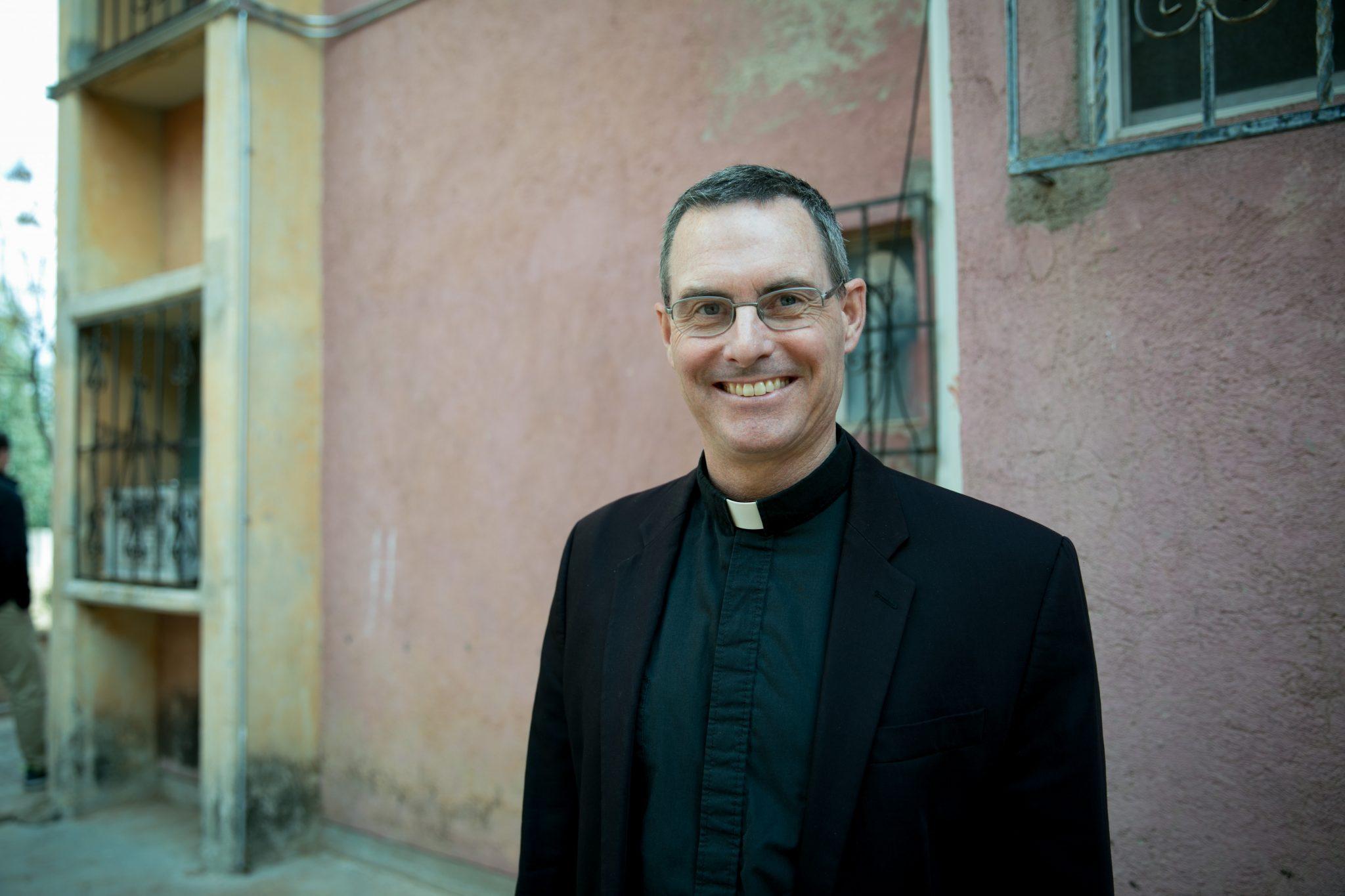 Padre Sean Carroll, SJ, avisa de sus planes de dejar el cargo en marzo 2021